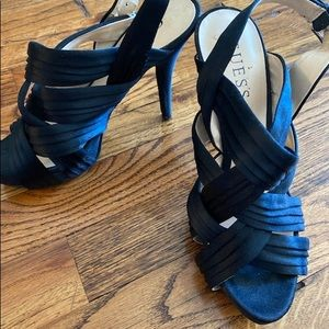 New listing :Guess shoes